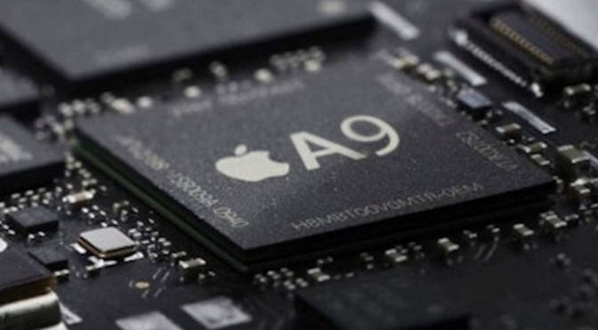 14/16나노 공정으로 생산된 애플 A9칩은 삼성전자와 TSMC가 함께 생산한다(전자신문DB)