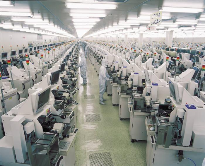 앰코테크놀로지코리아 생산라인