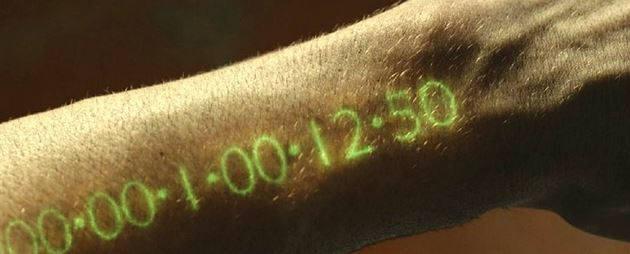 영화의 한 장면. `카운트 바디 시계`