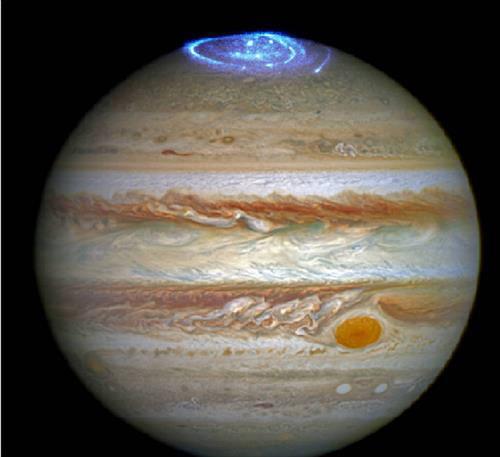 허블망원경에 포착된 목성 극광(오랄)