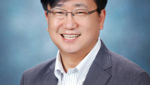 `반도체 기술 한계 극복할 새로운 길 개척`...이병훈 GIST 신소재공학부 교수