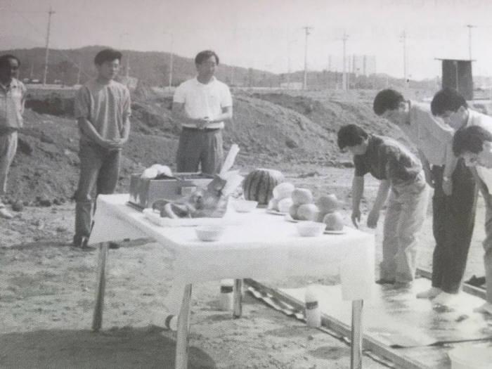 """[한국 반도체 50년]""""우리가 만들자""""… 케이씨텍, 무역상에서 국산 장비 제조사로"""