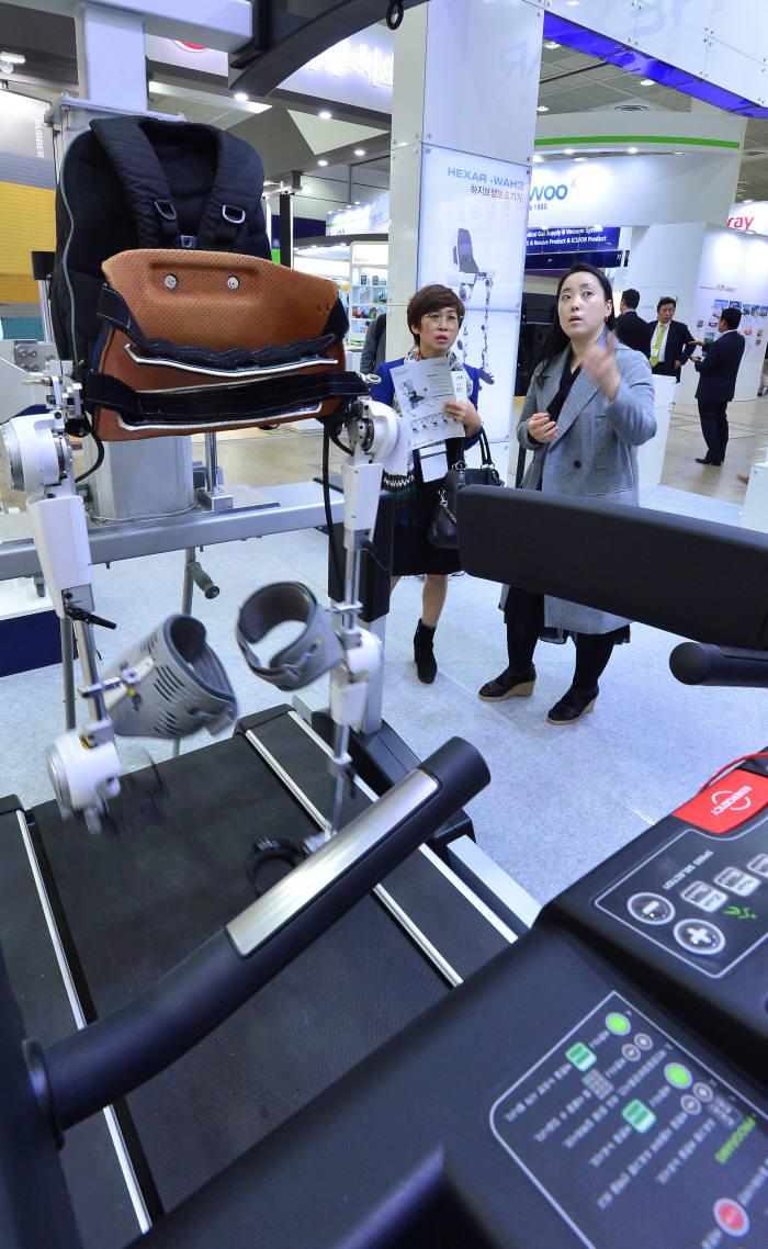 [동영상 뉴스]첨단 로봇수술기 `다빈치 Xi 시스템`