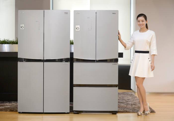 각 제조업체가 다양한 김치냉장고 신제품을 선보이고 있다.