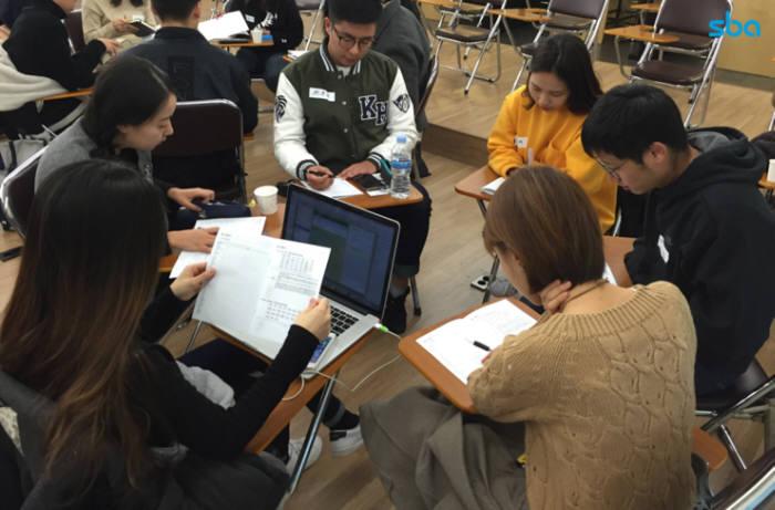 서울시와 서울산업진흥원(이하 SBA)는 `스타트업-인재 매칭지원` 사업이 시행 5개월 만에 148명의 교육생 수료와 47명 스타트업 취업 성과를 보였다고 밝혔다.