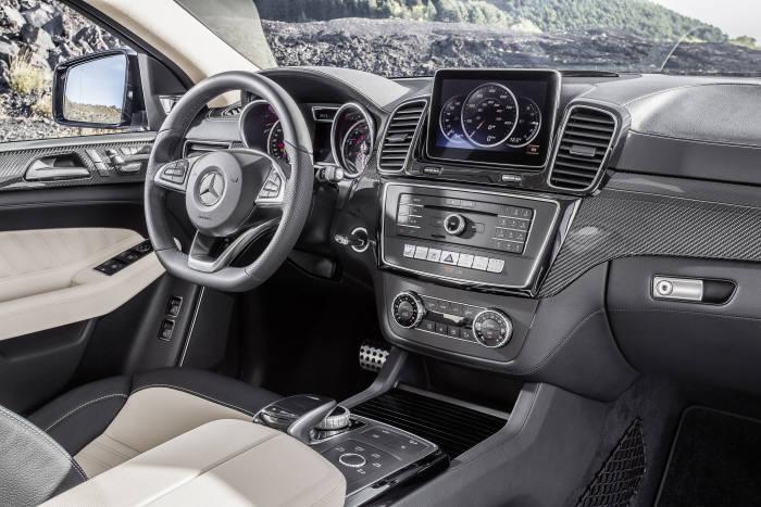 메르세데스-벤츠 쿠페형 대형 SUV `GLE 쿠페` 실내 인테리어(제공=벤츠코리아)