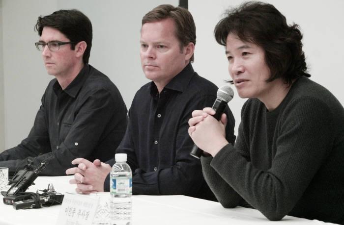 6일 삼성전자는 비브랩스 최고경영진과의 간담회를 진행했다. 왼쪽부터 아담 체이어 비브랩스 CTO, 다그 키를로스 비브랩스 CEO, 이인종 부사장.