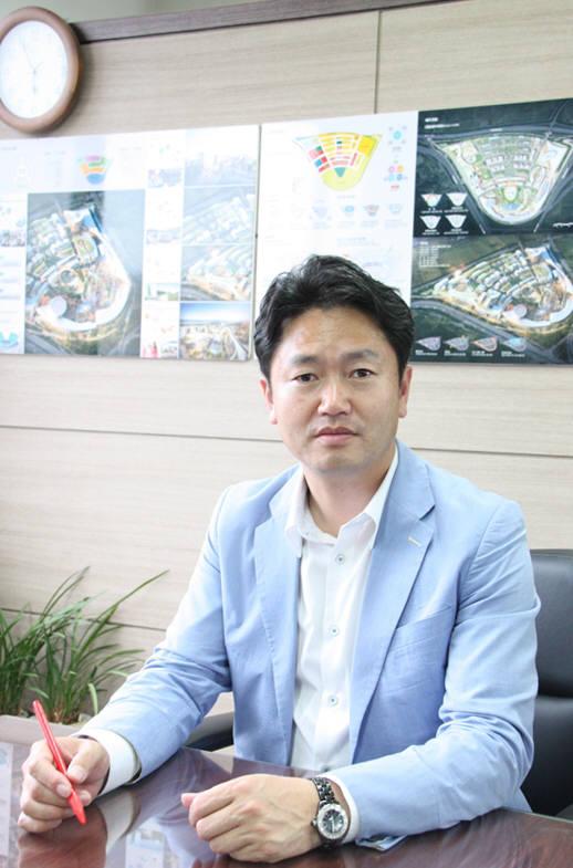 [오늘의 CEO]업사이클링으로 자동차 자원순환 길을 연다...박정호 인선모터스 대표