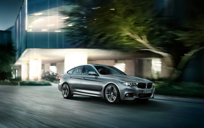 BMW 3시리즈 그란투리스모 xDrive 스포트라인 주행모습(제공=BMW코리아)