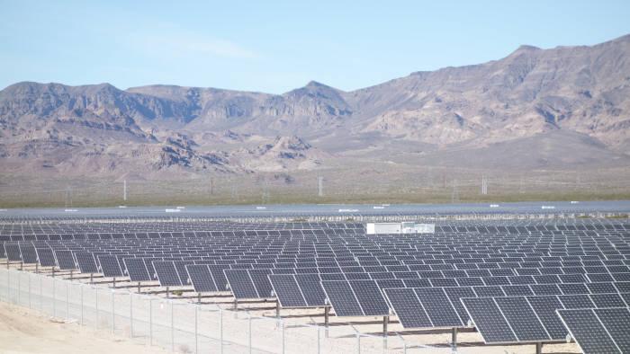 한국중부발전이 미국 네바다주에 조성한 100MW 규모 태양광 발전단지.
