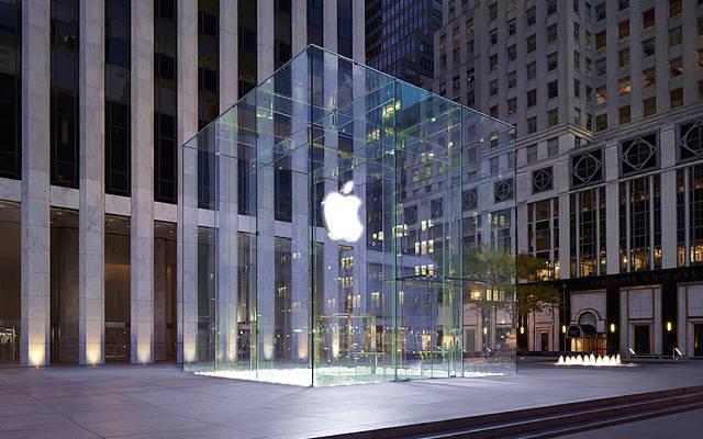 뉴욕 5번가에 위치한 플래그십 애플스토어.