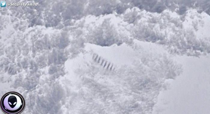 남극 거대 계단 화면(자료: 유투브 시큐어팀10 캡쳐)