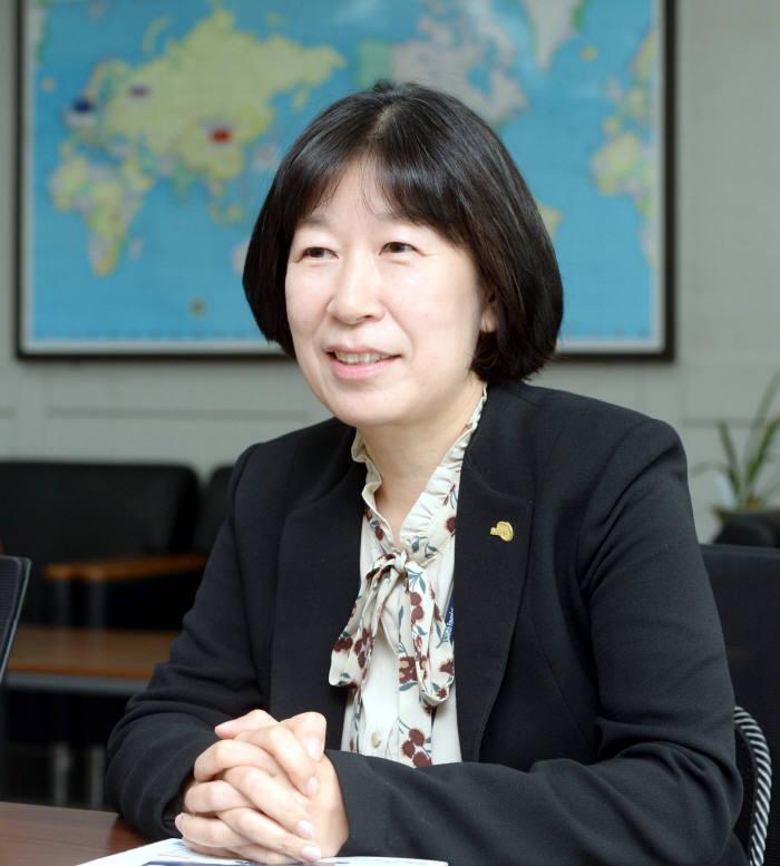 [인사이트]신숙경 한국연구재단 국제협력센터장