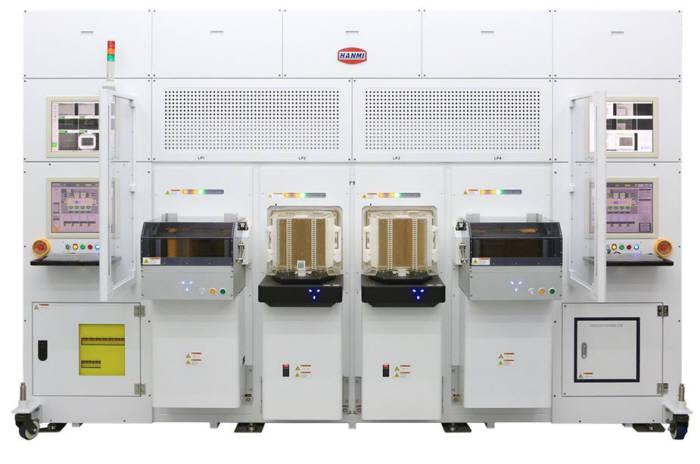 TSV 공정용 한미반도체 듀얼 TC본더 시스템. SK하이닉스와 공동 개발했다.