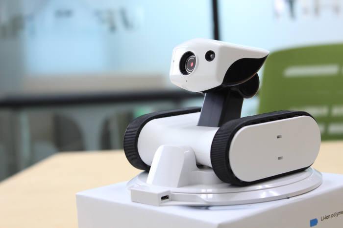바램시스템이 올해 수출 목표액 1000만 달러에 도전하는 `앱봇 라일리`