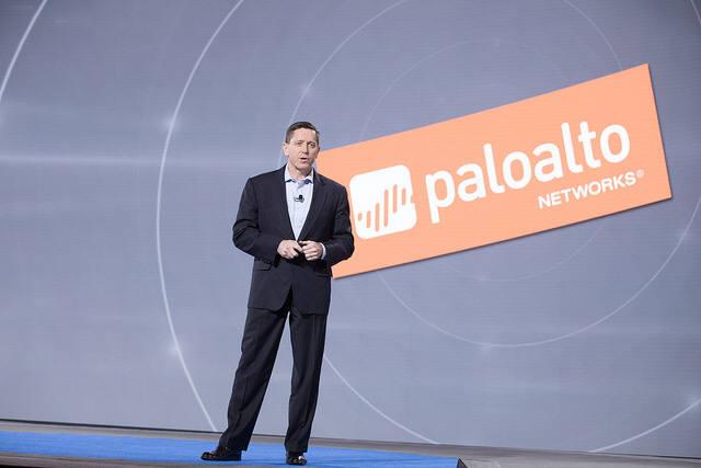 마크 맥로린(Mark McLaughlin) 팔로알토 네트웍스 회장 겸 CEO는 15일 키노트연설에서 `사이버 시큐리티 플랫폼`을 역설했다.(자료:RSAC)
