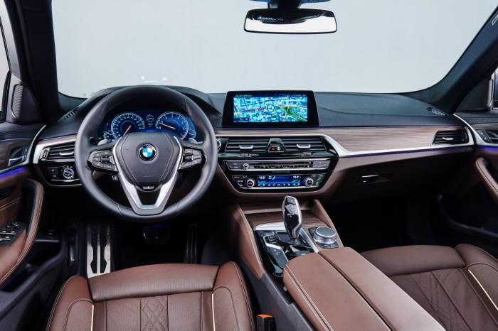 BMW 뉴 5시리즈 실내 인테리어 (제공=BMW코리아)