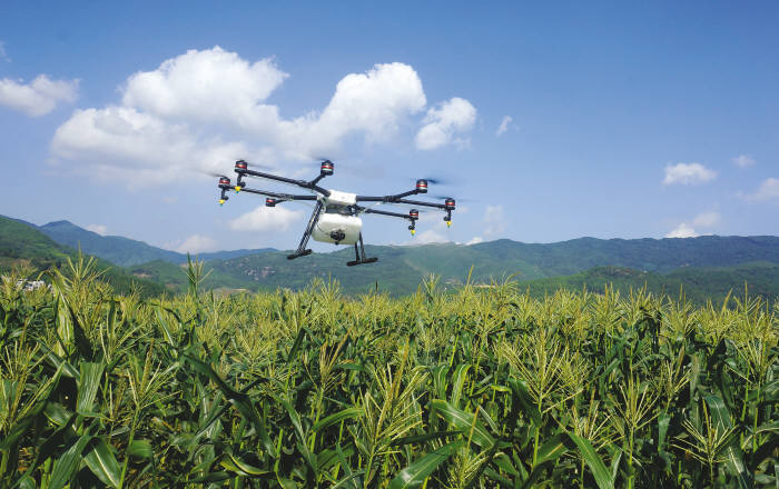 crop dusting drones with 20170224000263 on Hercules uav additionally mercial Drone Sales Expected To Increase By 84 In 2016 18 01 2016 besides The Industries Where Drones Could Really Take Off Infographic moreover Agriculture Crop Spraying Drone ID16NAyW further 20170224000263.
