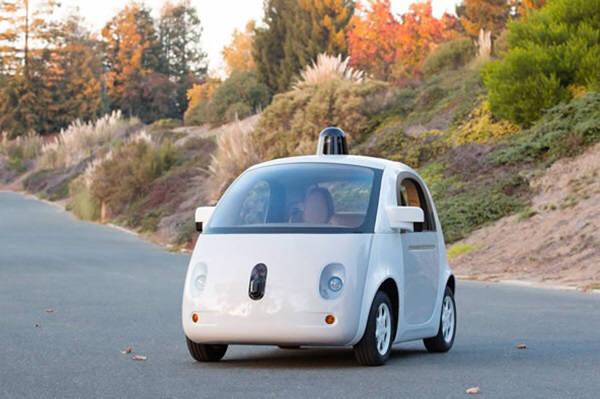 구글이 개발 중인 운전자 없는 자율주행차
