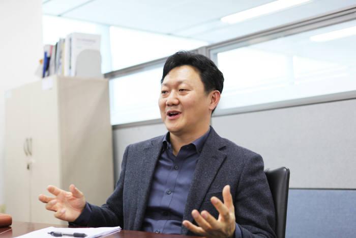 [전문가 기고]블랙박스, ADAS·커넥티드 단말기로 사고예방 강화