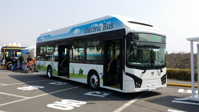 우진산전, 中만큼 싸고 성능 두 배 키운 전기버스 이달부터 판매