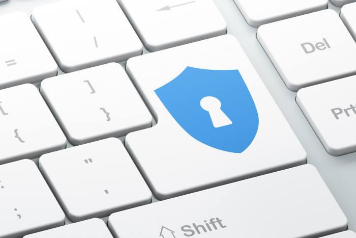 모의해킹은 사소해 보이는 취약점도 실제 해킹으로 연결되는 시나리오를 고객 눈앞에 제시한다. 기업이 적극적으로 개선에 나서는 계기가 된다.ⓒ게티이미지뱅크