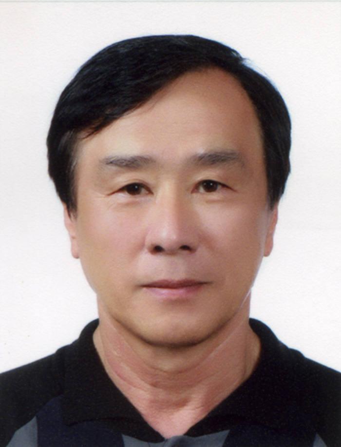 박현거 유니스트 교수