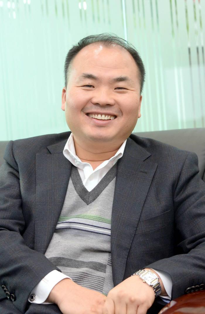 [오늘의 CEO]김형정 XN시스템즈 대표, 情으로 회사를 키우는 법