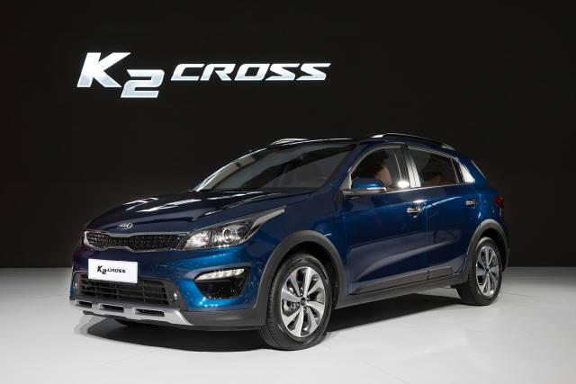 기아차가 '2017 상하이 모터쇼'에서 공개한 K2 SUV 모델 'K2 크로스'.
