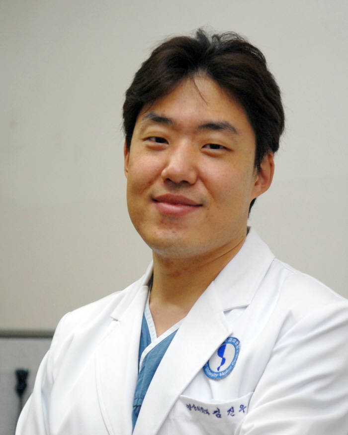 김진우 아주대병원 영상의학과 교수