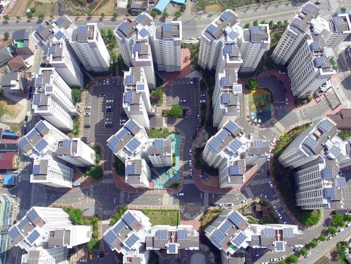 해줌은 사천LIG리가 아파트에 설치한 태양광발전설비. [자료:해줌]