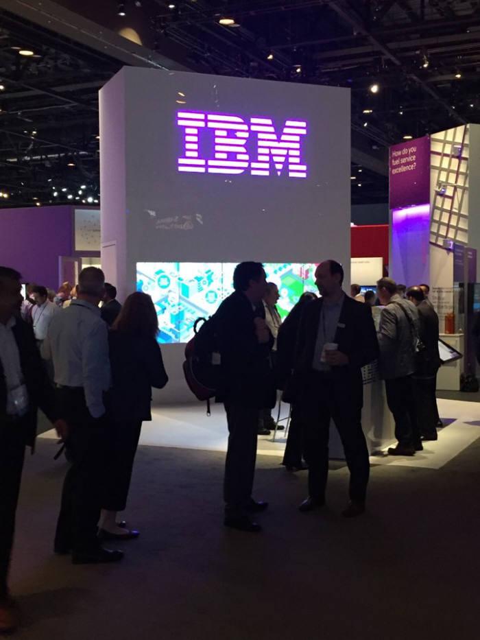 SAP 사파이어나우 행사장에 마련된 IBM 부스 전경