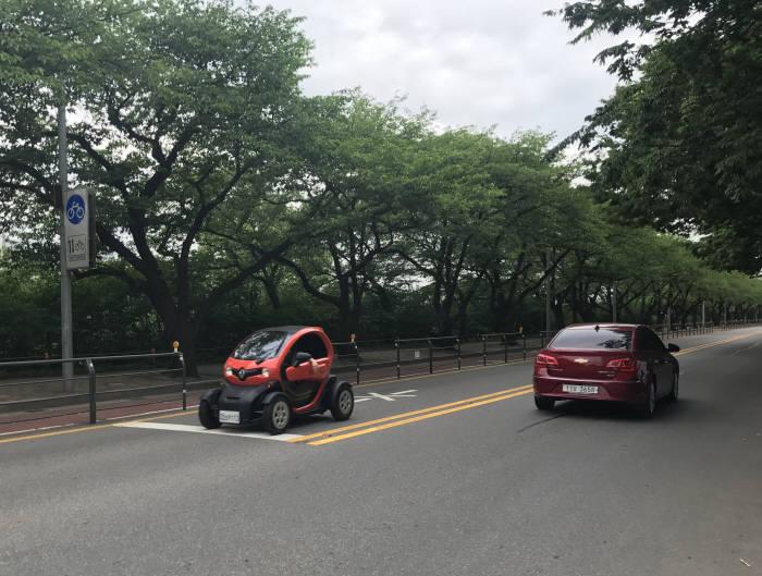 [신차드라이브]도시형 초소형 전기차 르노 '트위지'