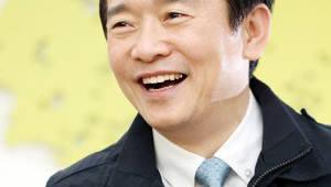 {htmlspecialchars(남경필 경기지사, 공약 실천 우수단체장에 3년 연속 선정)}