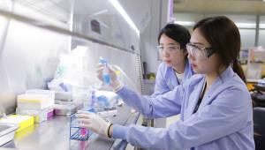 美 빌게이츠재단, LG화학에 소아마비 백신 개발비 140억원 지원