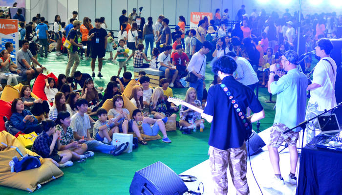 아시아 최대 1인 창작자 축제 '다이아 페스티벌' 성황