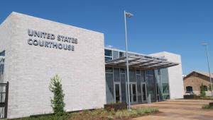 美텍사스동부법원, 광범위한 재판적 판단 논란