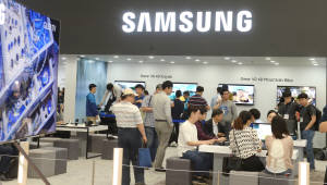 "WSJ ""삼성전자, 스마트폰·D램·OLED 성장동력 크다\"""