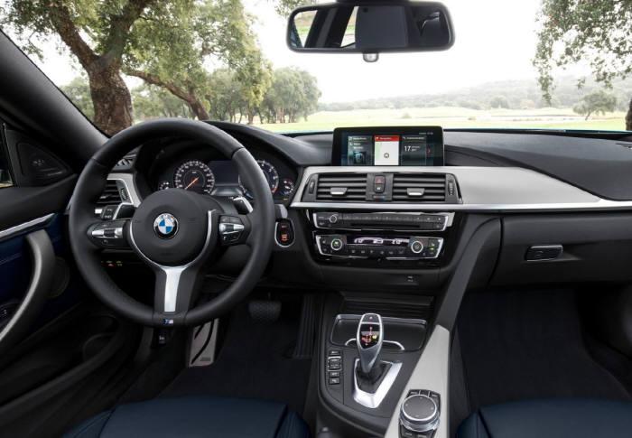 BMW 뉴 4시리즈 쿠페의 실내 모습. 소재를 더 고급스럽게 변경하는 등 디테일을 강조했다.