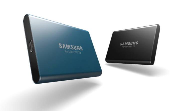 65단 4세대 3D 낸드칩을 탑재한 삼성전자 이동식 SSD T5.