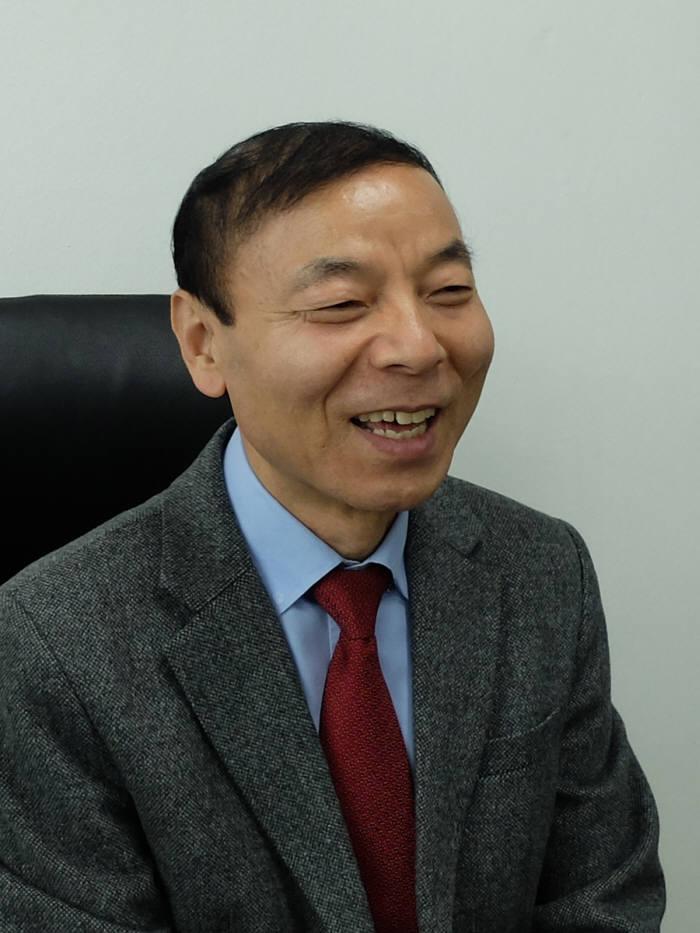 이봉락 한국태양광산업협회 부회장.
