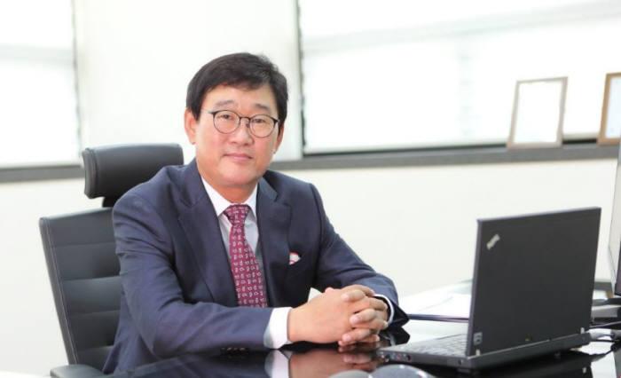 박덕영 유티아이 대표