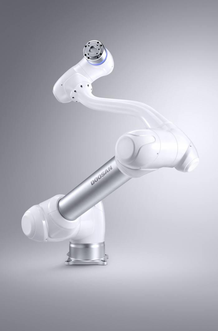두산로보틱스가 공개한 협동로봇 'M1013'(사진=두산로보틱스)