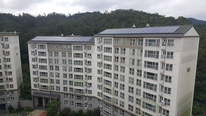 서울시 공동주택 태양광 최대 용량이 설치된 세곡리엔파크 5단지. [자료:해줌]