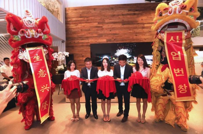 """필룩스, 중국 상하이 법인 설립 """"글로벌 시장 점유율 높이는 계기 될것"""""""
