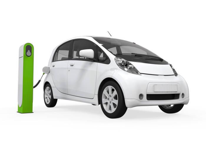 캐나다 배터리 재활용 스타트업 리사이클(Li-Cycle)은 전기차 붐을 타고 2030년까지 1100만톤의 리튬이온 배터리가 폐기될 것으로 전망했다. (사진=게티이미지뱅크)