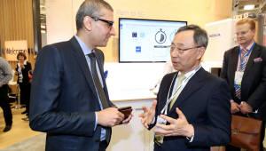 KT '글로벌 인공지능 서비스' 선보인다