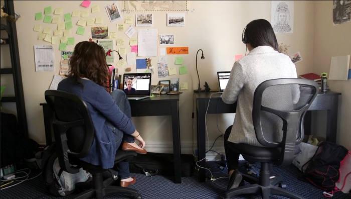 샌프란시스코 기숙사에서 학생들이 온라인으로 접속해 수업을 듣고 있는 모습. 제공=미네르바스쿨