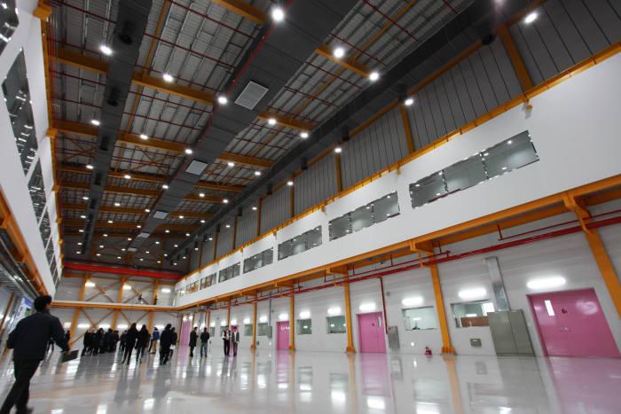 포항 4세대 방사광가속기 건물 내부