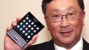 """블랙베리, 특허팀 핵심인력 2명 이탈...존 첸 """"문제 없다"""""""